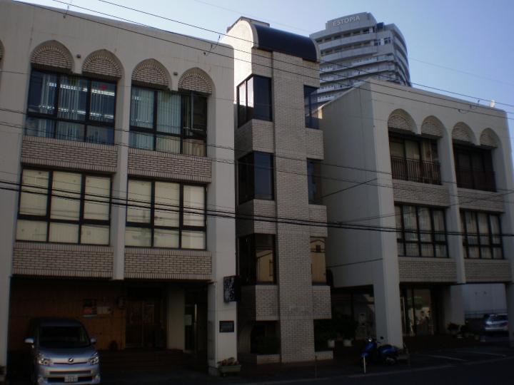 草津駅徒歩5分!2F約9坪 店舗・事務所テナント