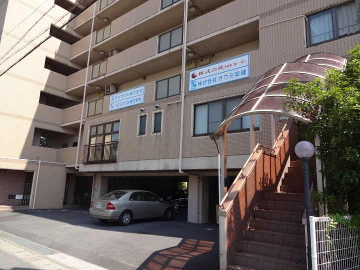 草津市 大型複合施設向かい 事務所に適した2階ワンフロアー約100坪テナント
