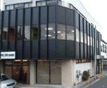 栗東市 JR草津線手原駅徒歩1分の好立地 3F約10坪事務所向きテナント