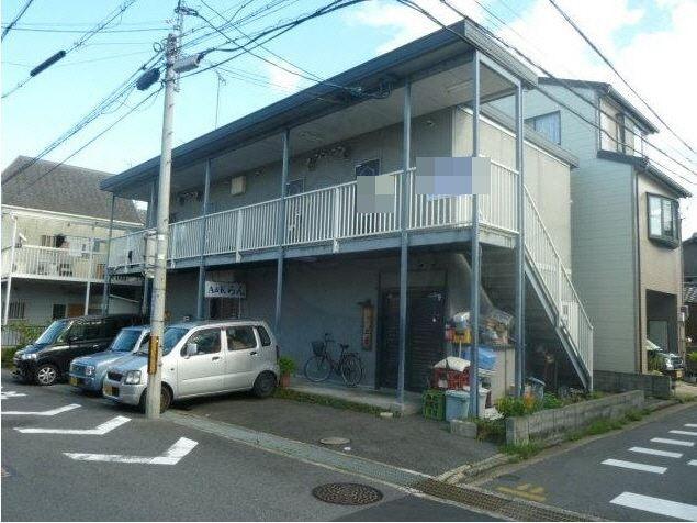 大津市 JR石山駅徒歩6分 2階住居部分ですが、ネイル、エステ、事務所等にテナント使用可能です。