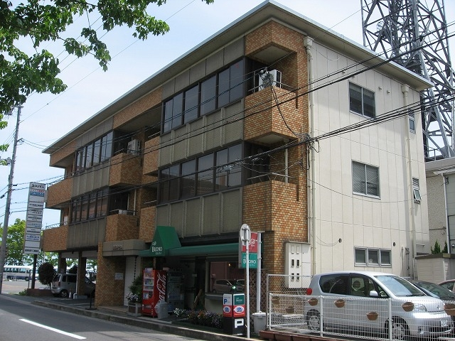 大津市におの浜 膳所駅徒歩12分、最上階、事務所向けテナント。