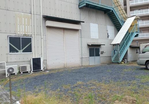 栗東市 JR栗東駅徒歩4分 倉庫部分約142坪 ホイスト付倉庫テナント