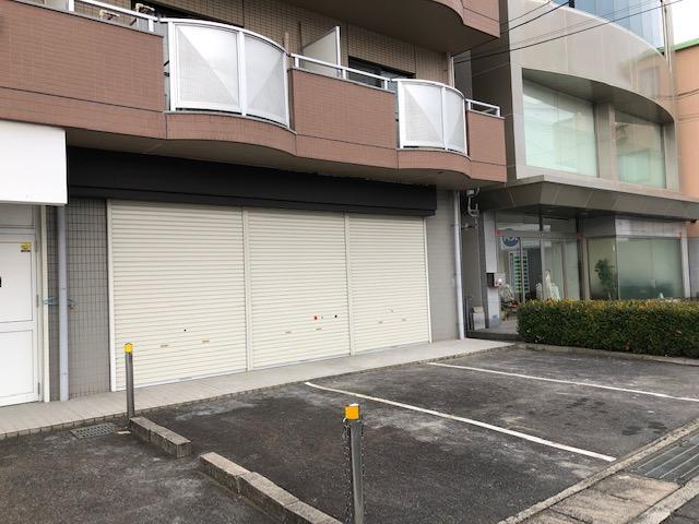 草津市 JR草津駅徒歩11分!びわこ通り沿い1階テナント!美容室不可!