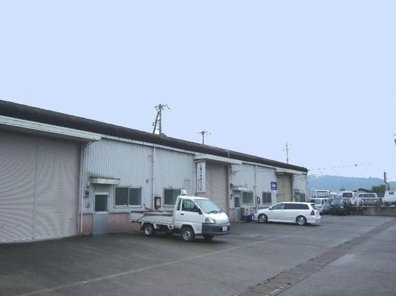 大津市 JR瀬田駅徒歩20分 取付道路近く 約44坪事務所付倉庫