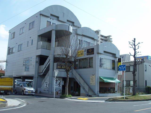 近江八幡市 JR近江八幡駅徒歩12分 地下1階約34坪テナント