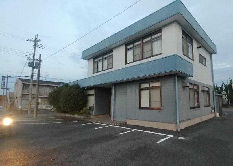 草津市駒井沢エリア 戸建て店舗事務所テナント約56坪