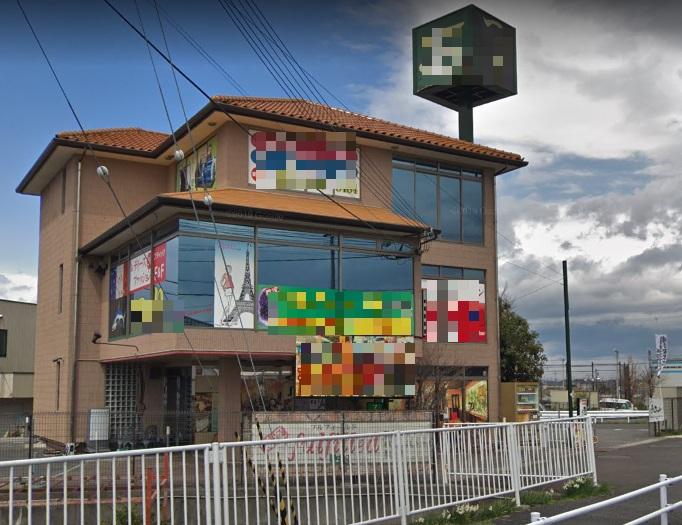 草津市 取付道路沿い2階約51坪テナント 塔屋看板、電光サイン利用可能♪