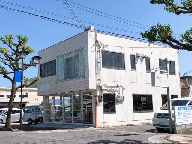 大津市 JR瀬田駅徒歩10分、2階約19坪、ガラス面の多い店舗事務所テナント。