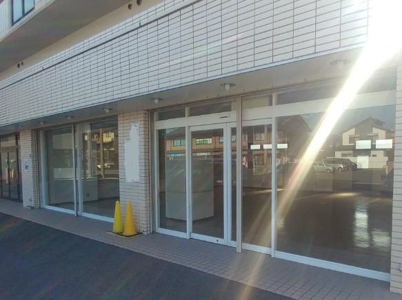 湖南市 JR草津線石部駅徒歩18分 生活道路沿い 1階テナント
