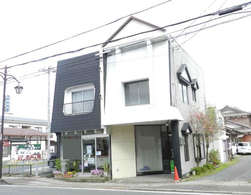 近江八幡市 サンロード沿い1棟貸し店舗テナント!