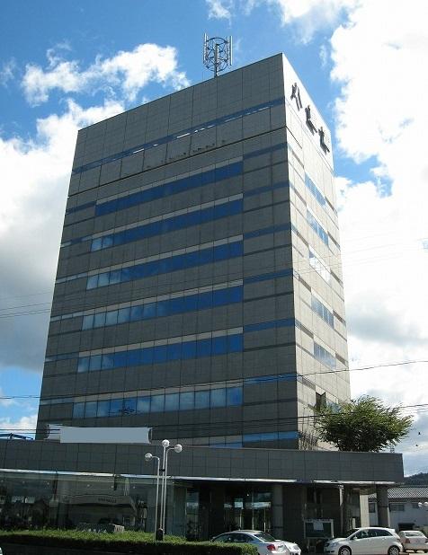 栗東市 国道1号線沿い 3階約58坪事務所テナント セキュリティー・エレベーター有