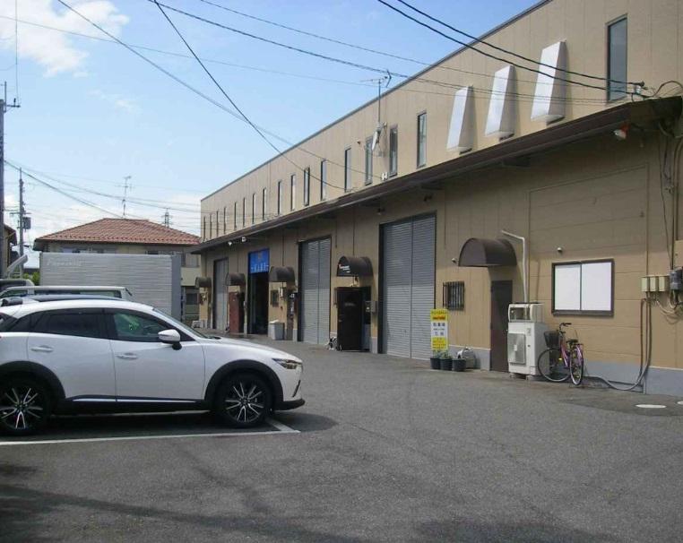 守山市 幹線道路沿い 事務所付倉庫テナント 駐車場3台有