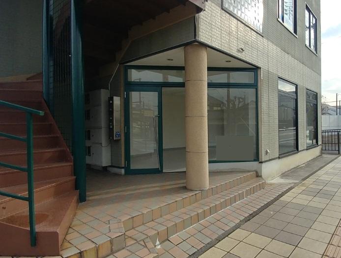栗東市 JR栗東駅5分、希少な1F約15坪テナント 駐車場有