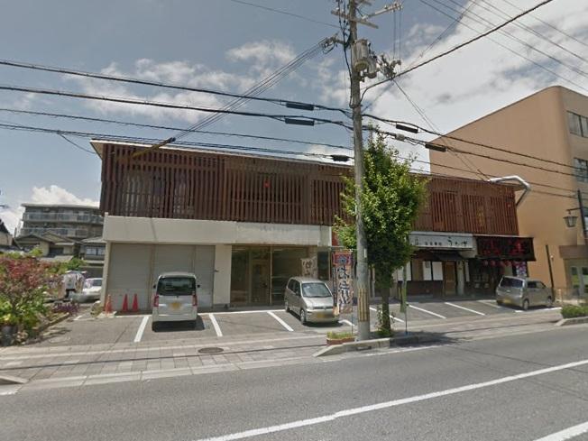 栗東市 JR草津線手原駅徒歩13分、いちょう通り沿い1階約13坪テナント。飲食可能