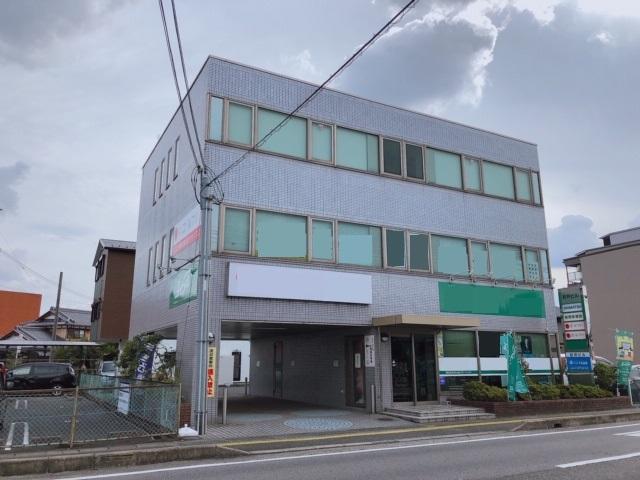 野洲市 JR野洲駅徒歩4分 県道沿い3階約37坪テナント