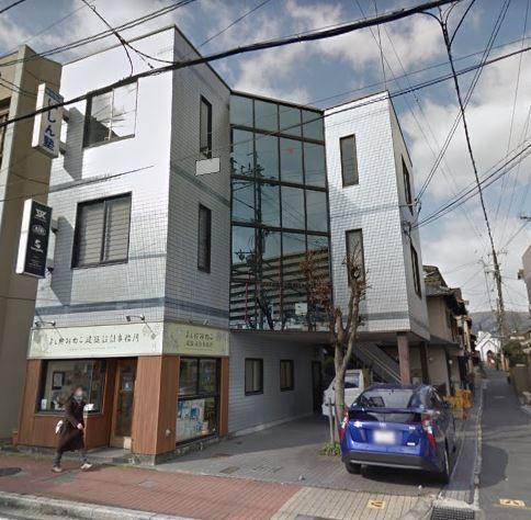 大津市JR石山駅徒歩10分 石山商店街沿い 2階教室・事務所向きテナント