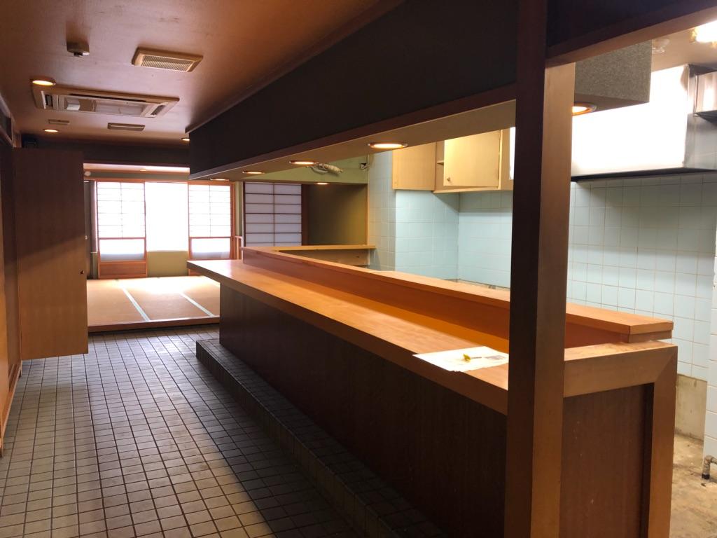 大津市 京阪びわ湖浜大津駅徒歩4分、和食料理店向き飲食ビル最上階5階テナント