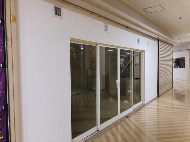 守山市 JR守山駅徒歩1分 商業施設内 1F約11坪エスカレーター前区画