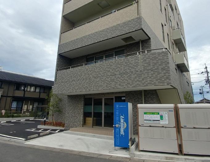 大津市 瀬田エリア浜街道沿い、築浅2階約23坪店舗テナント