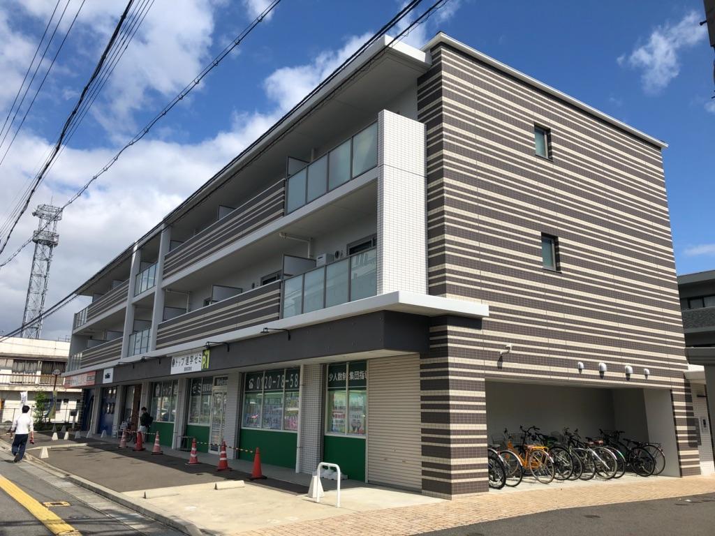 栗東市 JR草津駅徒歩15分 1階約43坪テナント 駐車場有