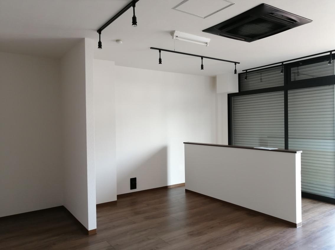 草津市 幹線道路沿い 1階約20坪店舗事務所テナント 業種等ご相談下さい♪