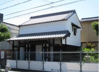 近江八幡市 日牟禮八幡宮近く 築128年 雰囲気のある蔵テナント