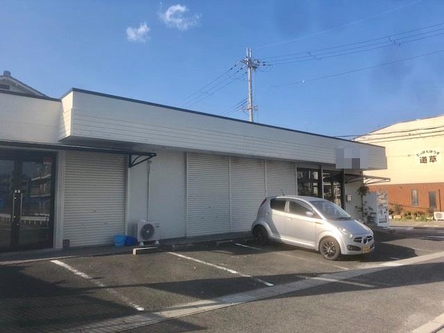 栗東市 JR栗東駅徒歩16分 生活道路沿い1F約11坪テナント