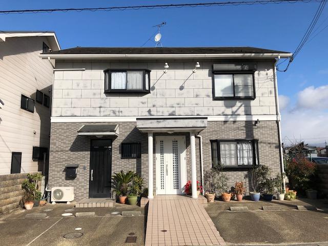 大津市 瀬田エリア 住居兼店舗としてご利用頂けます。 駐車3台可能♪診療所跡テナントです。