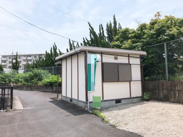 大津市 JR石山駅徒歩15分 プレハブ倉庫テナント